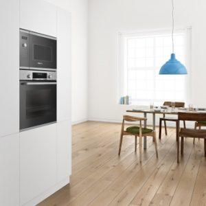 horno Bosch Serie 6 integrado en cocina moderna